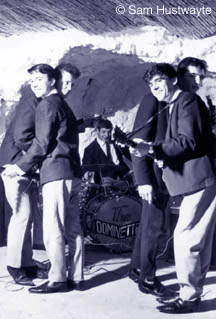The Dominettes rock The Grotto in 1963